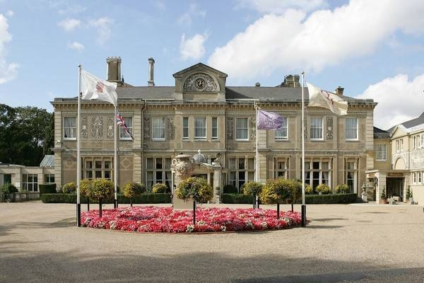 Down Hall Country House Hotel.jpg http://www.anatune.co.uk/blog/wp-content/uploads/2012/03/3135_21.jpg Grab on 28/04/13
