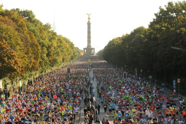 BERLIN, GERMANY - SEPTEMBER 30:  Athletes compete during the 39th Berlin Marathon on September 30, 2012 in Berlin, Germany.  (Photo by Matthias Kern/Bongarts/Getty Images)