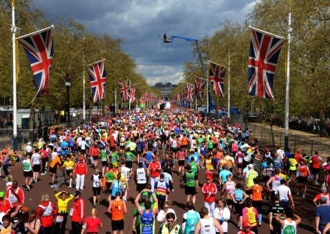 London marathon organisers to donate £2 for every finisher to Boston bombings fund