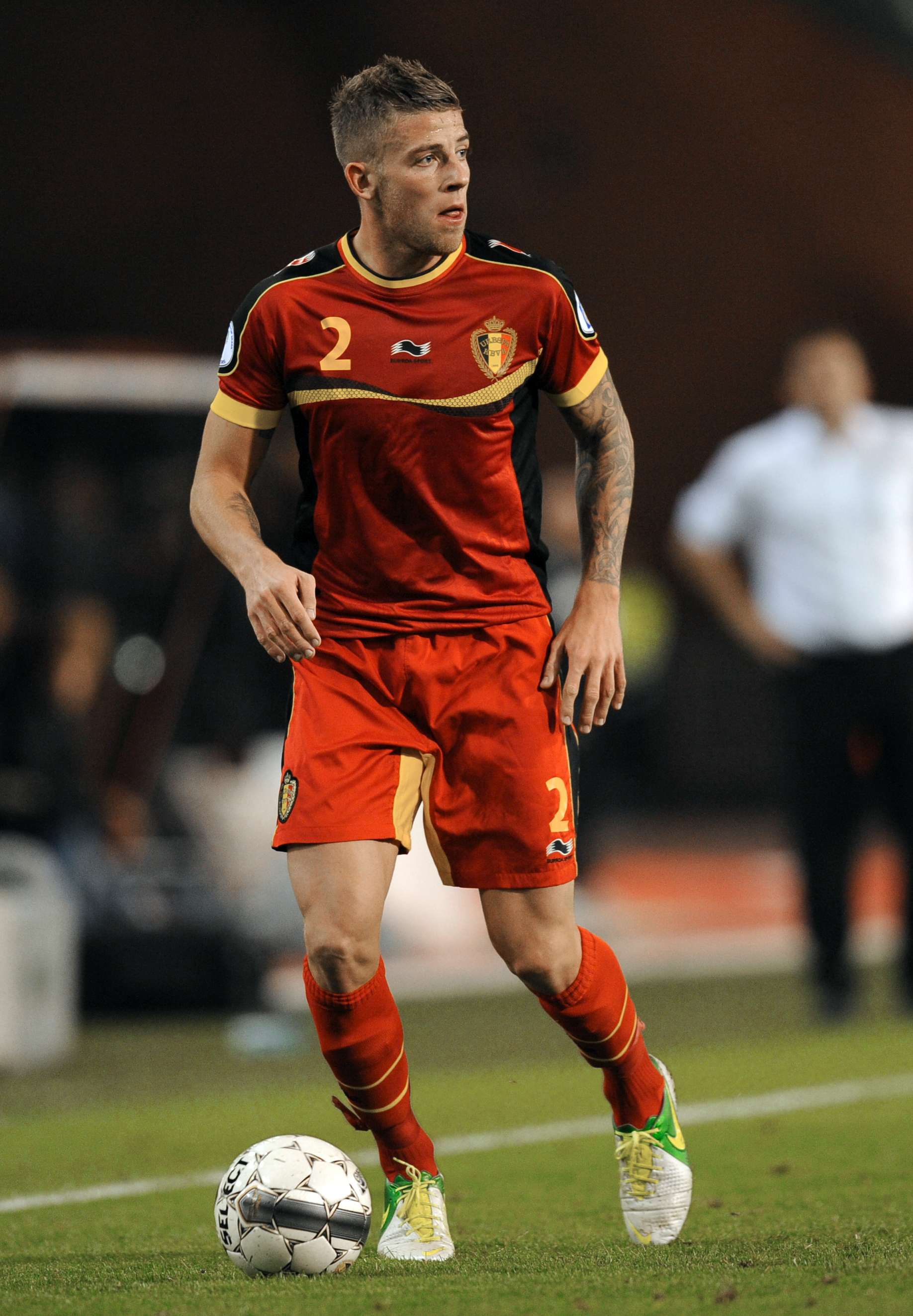 Toby Alderweireld snubs Liverpool and Spurs to seal Roma transfer