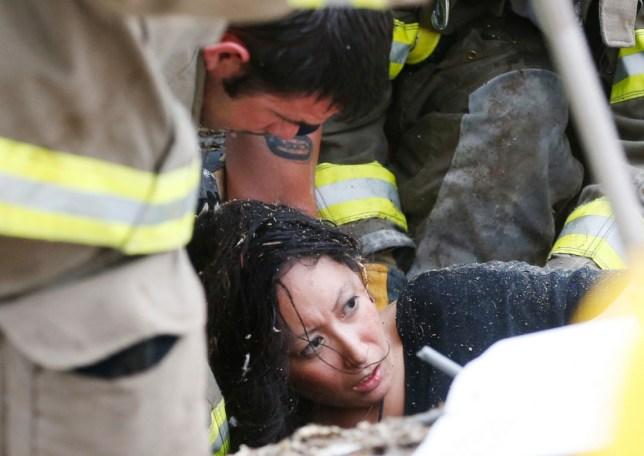 Teacher who acted as 'human shield' recalls Oklahoma tornado ordeal as search for survivors nears end