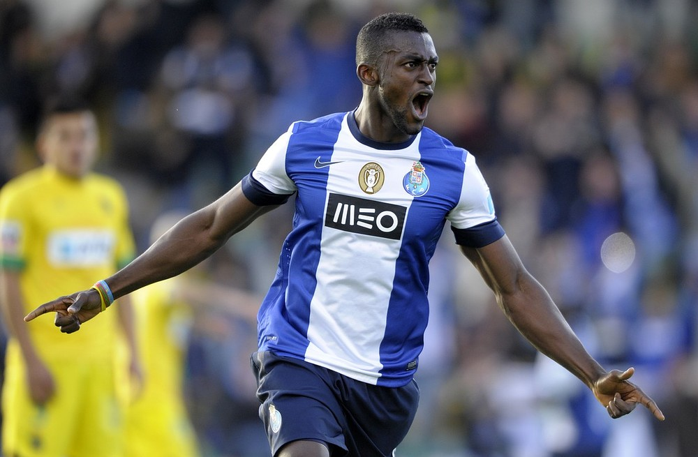 Andre Villas-Boas ready to test Porto's resolve with £25million transfer bid for striker Jackson Martinez