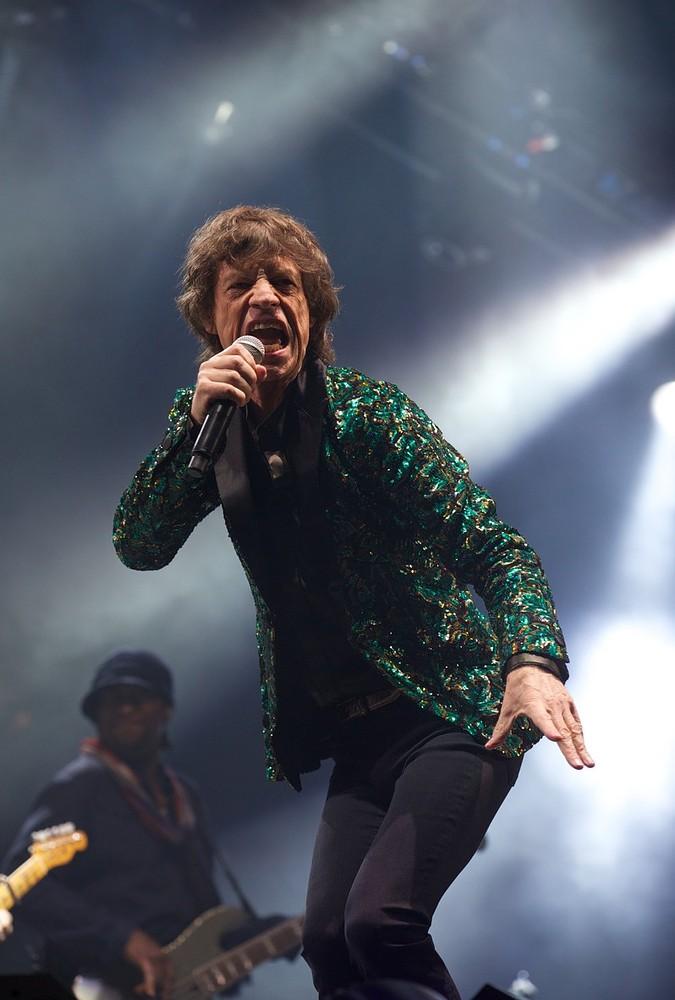 Glastonbury 2014 headliners 'have never played festival before', says Michael Eavis