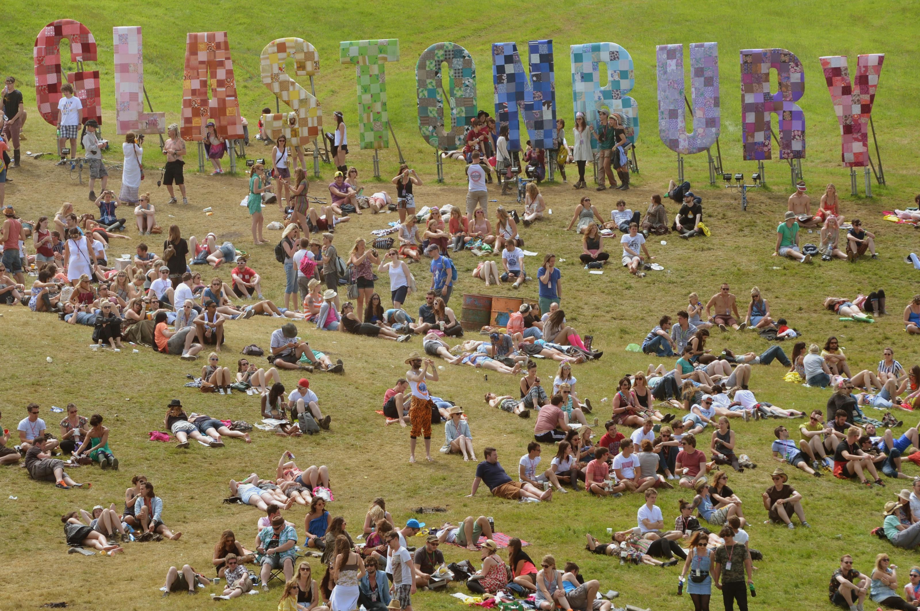 Glastonbury 2017 expected to be mostly dry as promising weather forecast appears to rule out repeat of last year's mudbath