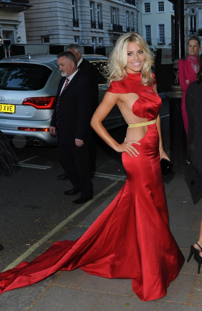 5 June 2013 - LONDON - UK  CELEBS ARRIVE AT THE GLAMOUR AWARDS IN LONDON. VICTORIA BECKHAM, RITA ORA, FRANKIE SANFORD, MYLENNE KLASS, KYLIE MINOGUE, MOLLIE KING, HELEN MCCOROY , DAMIEN LEWIS, JASON DERULO, HAYDEN PANTEIERE, ELLIE GOUILDING.  BYLINE MUST READ : XPOSUREPHOTOS.COM  ***UK CLIENTS - PICTURES CONTAINING CHILDREN PLEASE PIXELATE FACE PRIOR TO PUBLICATION ***  **UK AND USA CLIENTS MUST CALL PRIOR TO TV OR ONLINE USAGE PLEASE TELEPHONE  44 (0) 208 370 0291 or 1 310 600 4723