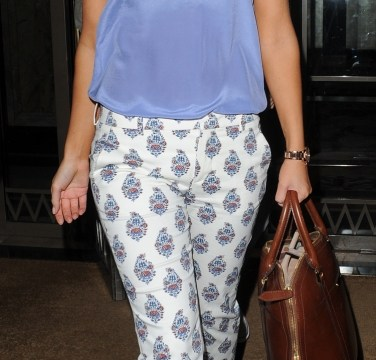 The Saturdays star Mollie King demonstrates how to perfect your pastels