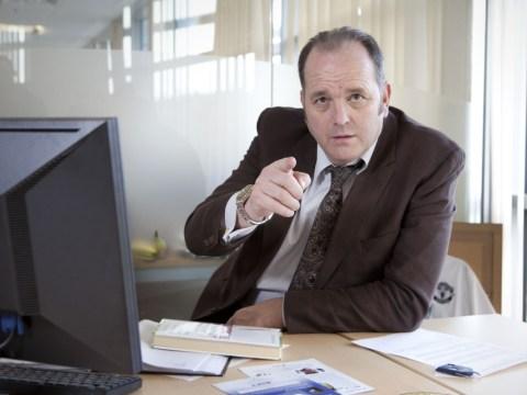 The Call Centre: Episode 4 – fag breaks, Barbies and redundancies