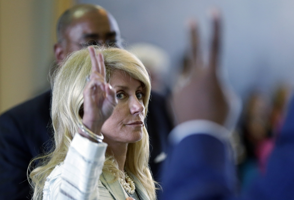 Top 10: Amazon reviews of Wendy Davis's filibustering trainers