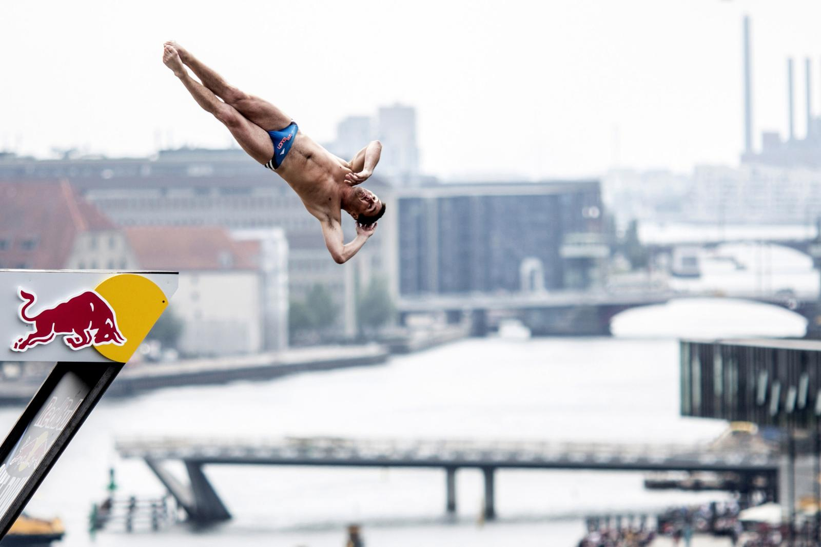 Blake Aldridge blog: A view from Copenhagen Opera House – Red Bull Cliff Diving World Series
