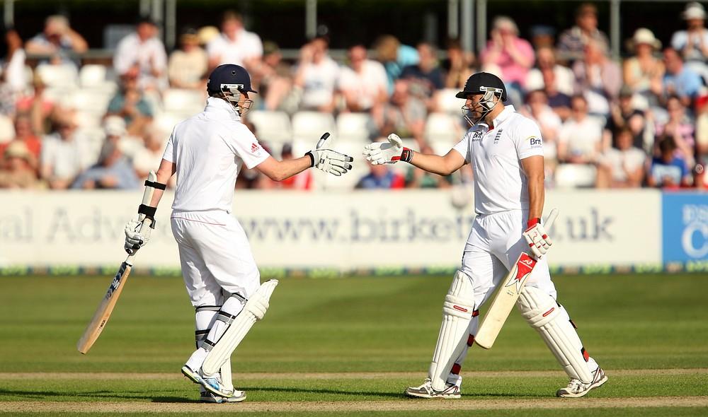 Tim Bresnan confident over Graeme Swann's wrist injury ahead of Ashes
