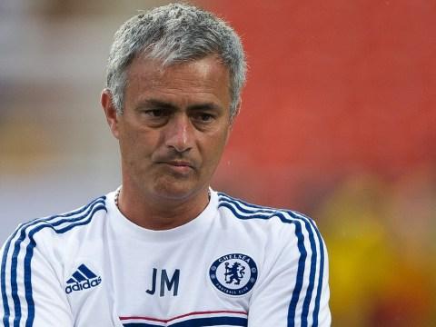 Wayne Rooney or Luis Suarez: Which Premier League forward represents the best option for Chelsea?