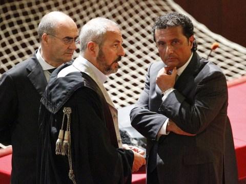 Costa Concordia captain Francesco Schettino says he'll plead guilty in return for lenient sentence