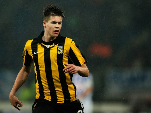 Chelsea fend off Manchester United to sign Holland ace Marco van Ginkel