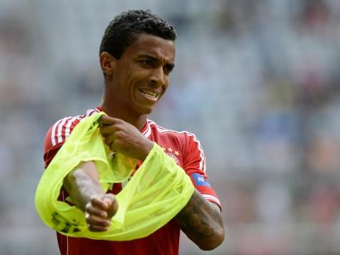 Luiz Gustavo vows to stay at Bayern Munich despite Arsenal interest