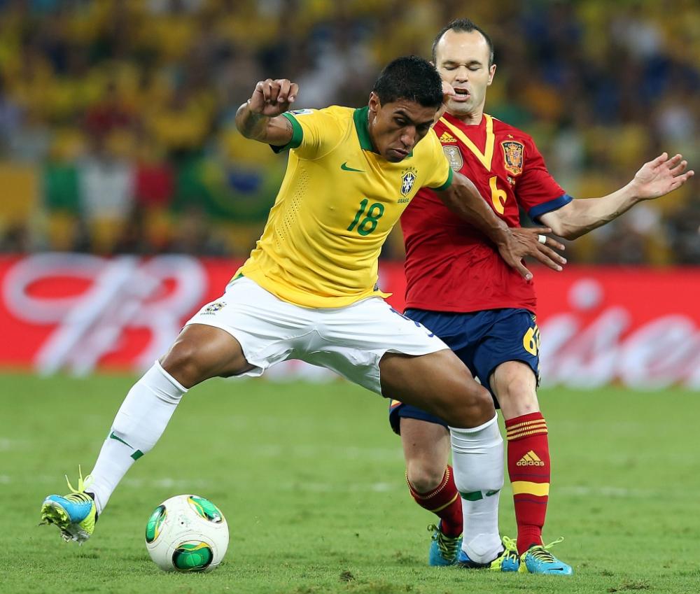 Paulinho: I didn't care about Tottenham transfer talk