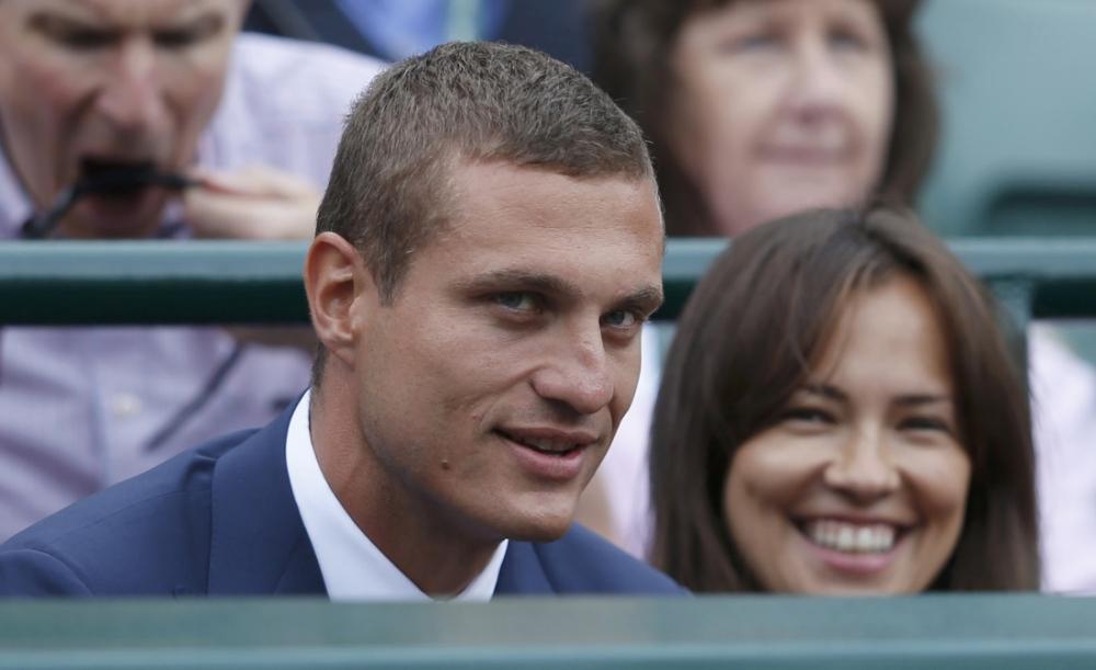 Wimbledon 2013: Novak Djokovic invites fellow Serbian Nemanja Vidic to his quarter-final victory