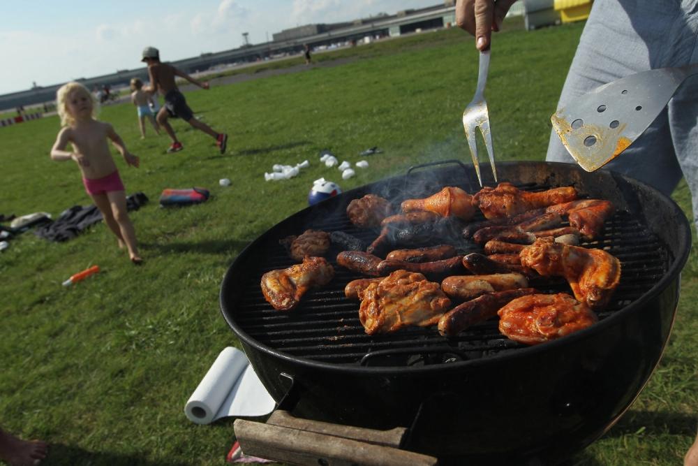 uk weather, summer heatwave, barbecue weather