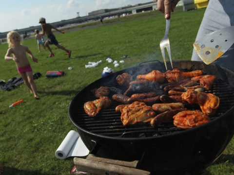 Heatwave to hit 30C heights this weekend as summer BBQ safety warning issued