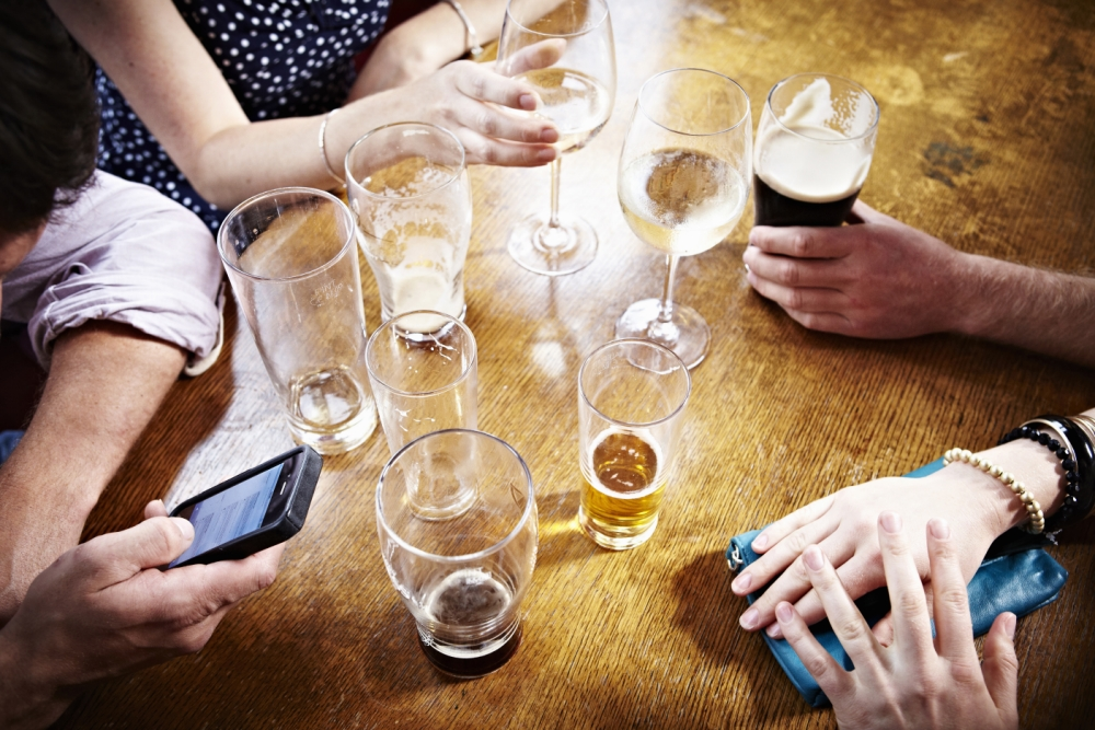 The LifeSynk app is encouraging punters back into pubs (Picture: Getty)