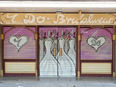 Southampton area hit by recession disguises empty shopfronts with spray paint
