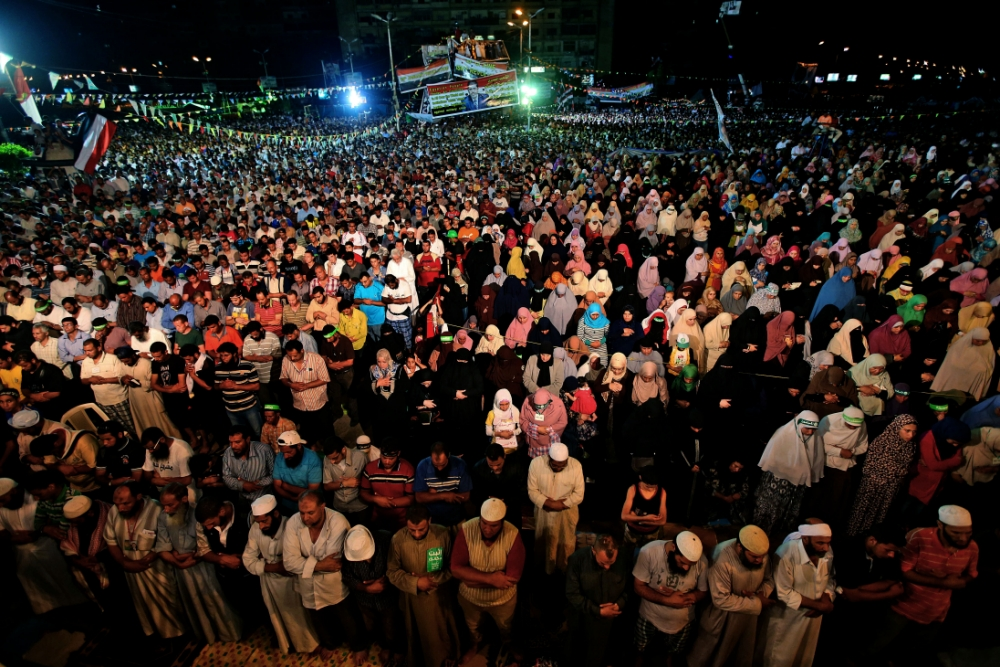 Egypt crisis: Muslim Brotherhood say they'll give peace a chance