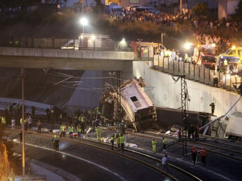 Many feared dead after high-speed train derails in Spain
