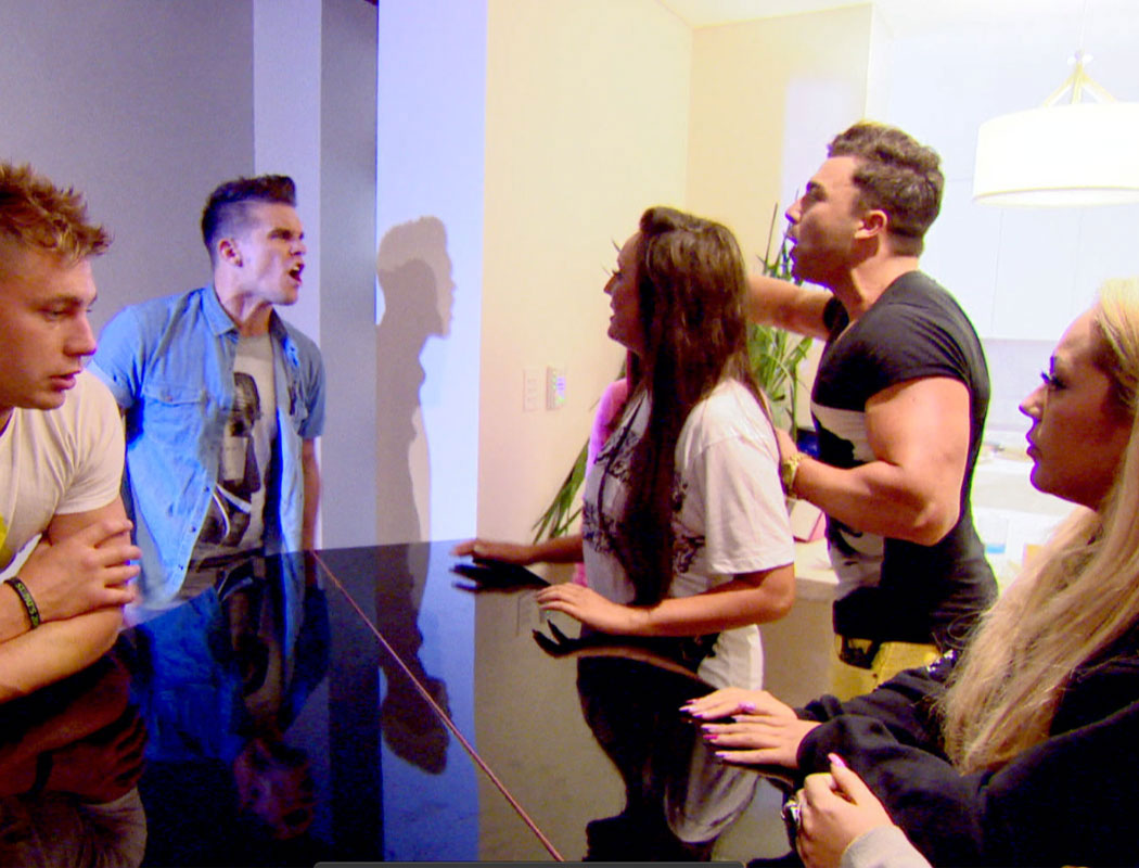 Geordie Shore – series 6, episode 3: Too much pulling causes rift in the group