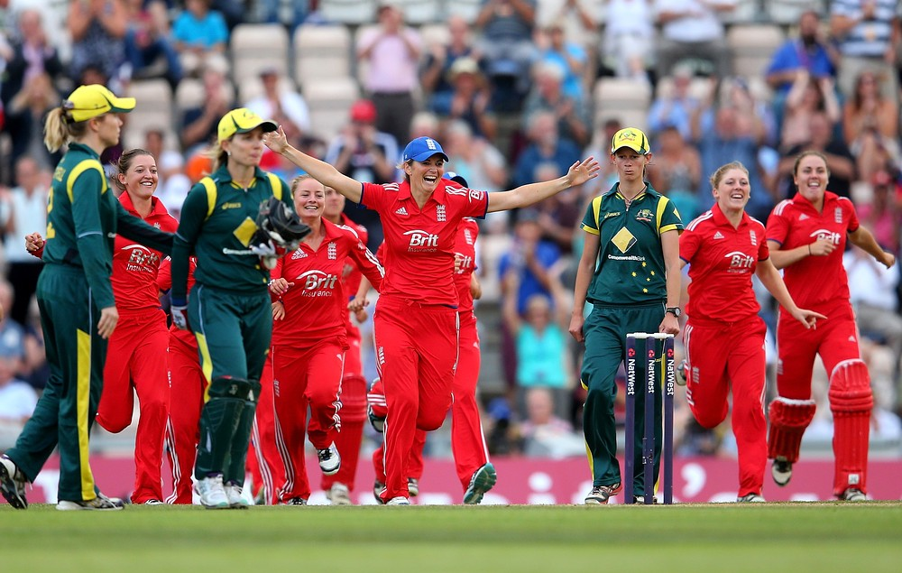 The Ashes 2013: England's women regain Ashes after Twenty20 win