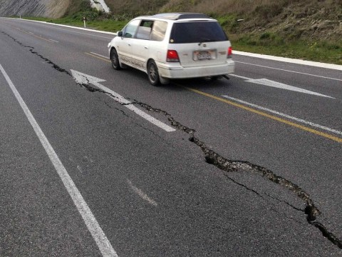 New Zealand rocked by magnitude 6.8 earthquake, damaging buildings and stranding commuters