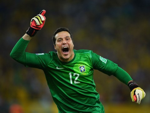 Arsenal target Julio Cesar keen on Benfica move