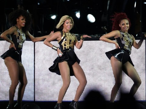 Queen Beyonce reigns over V Festival 2013 after being booed for being late