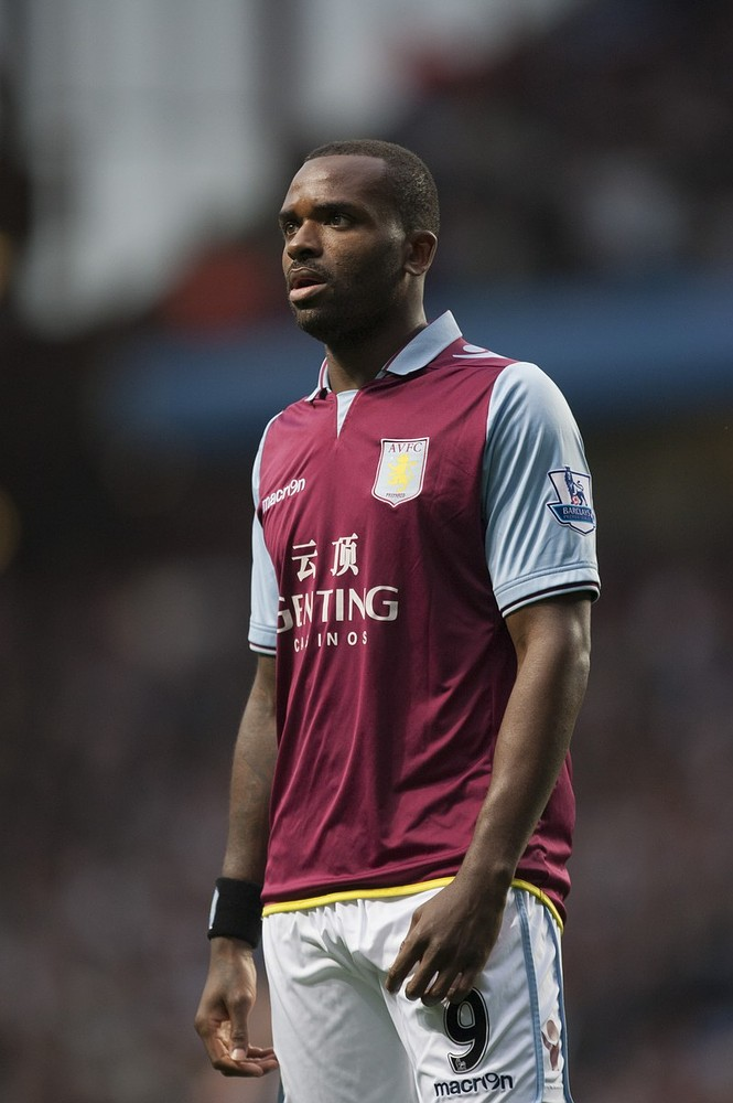 Aston Villa dig heels in over Newcastle and Fulham transfer target Darren Bent's valuation