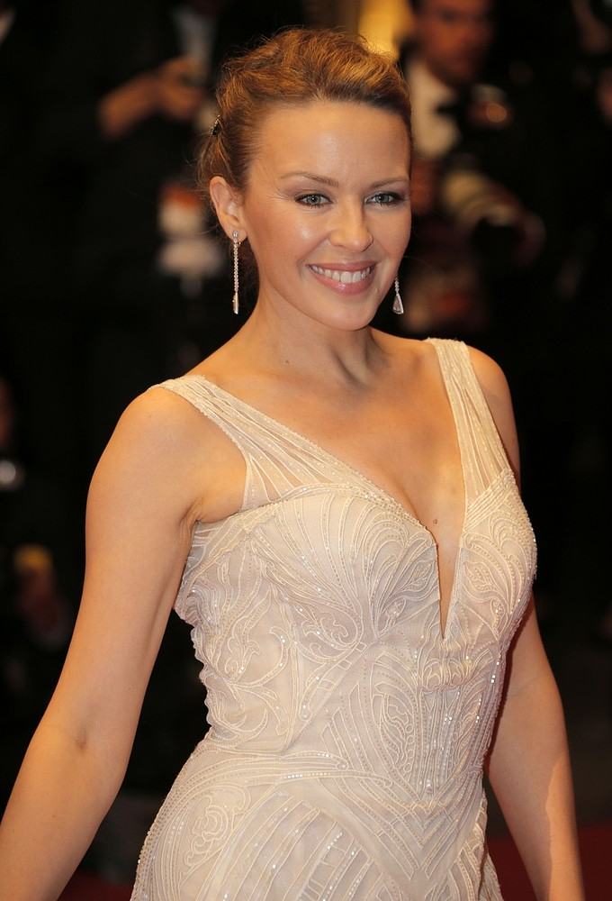 Kylie Minogue ready for battle with sister Dannii as she and Will.i.am join The Voice Australia