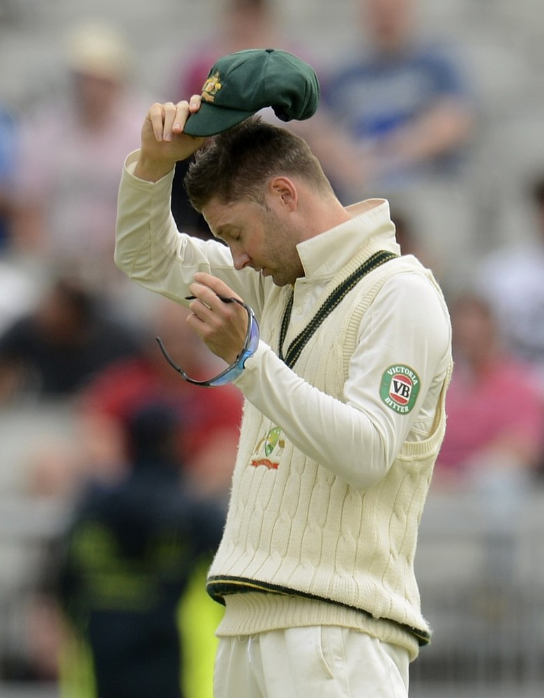 The Ashes 2013: Michael Clarke feels no need for review after DRS row