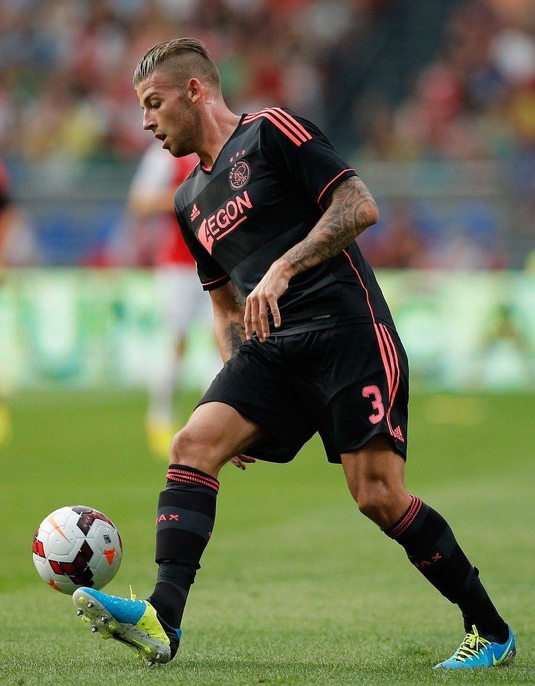 Spurs and Everton left standing as Spartak Moscow make Toby Alderweireld offer