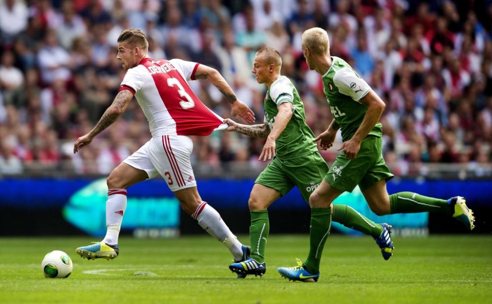 Toby Alderweireld 'subject of Arsenal enquiry'