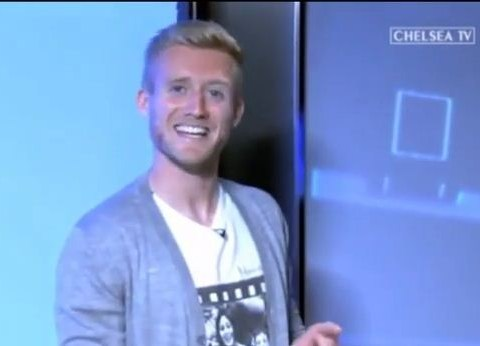 Andre Schurrle coaxed into singing Usher song live on Chelsea TV: Video