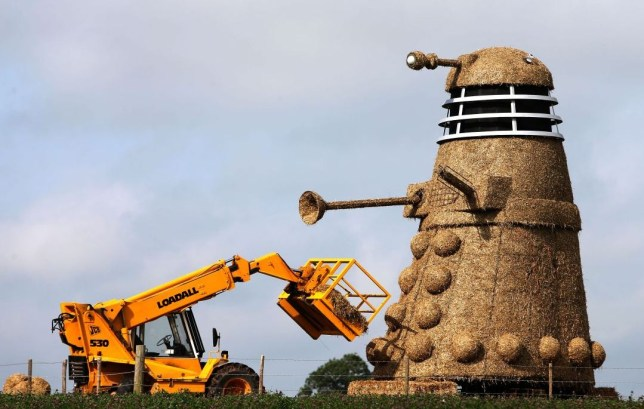 Dalek straw sculpture
