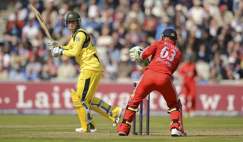 Michael Clarke century leaves England facing mammoth chase against Australia