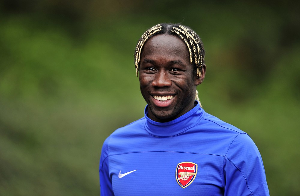 Bacary Sagna contract talks ongoing, says Arsenal boss Arsene Wenger