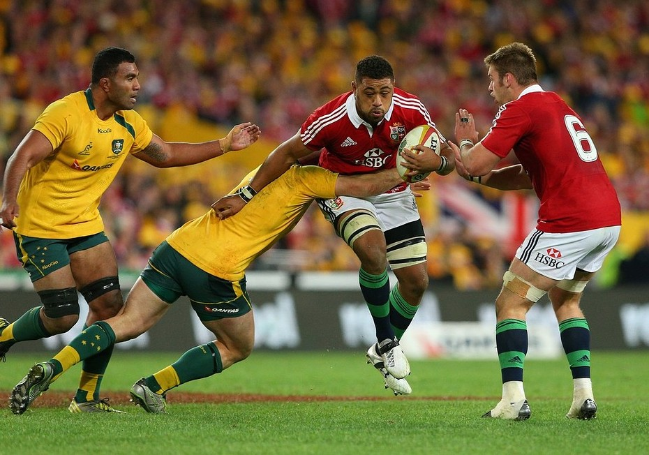 Toby Faletau told to 'pull socks up' over fitness by Dragons