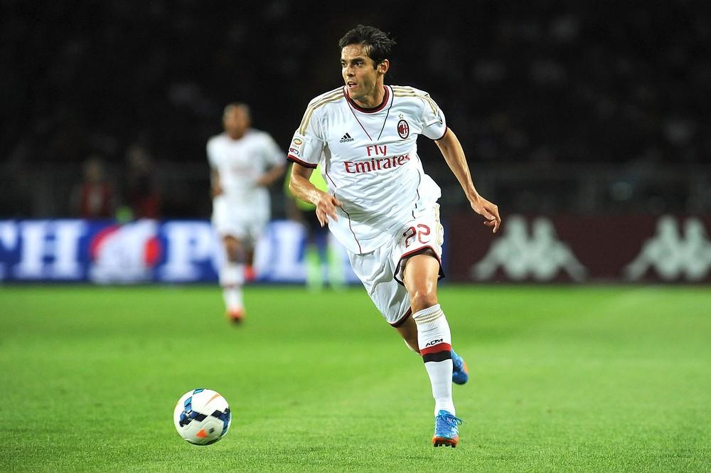 Kaka will refuse AC Milan salary until he beats new injury