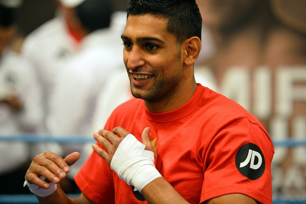 Floyd Mayweather Jr expected to name Amir Khan as his latest opponent