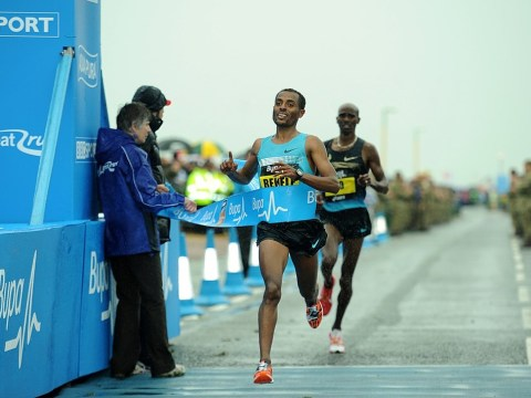 Great North Run: Mo Farah can't catch Kenenisa Bekele in thrilling climax