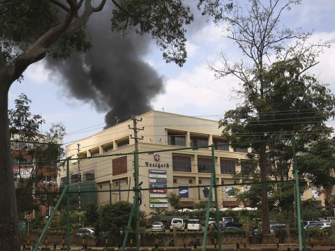 Smoke billows from terror attack Nairobi shopping mall as security forces begin operation