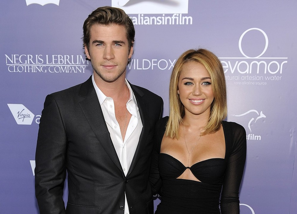 It's official! Miley Cyrus and Liam Hemsworth confirm split