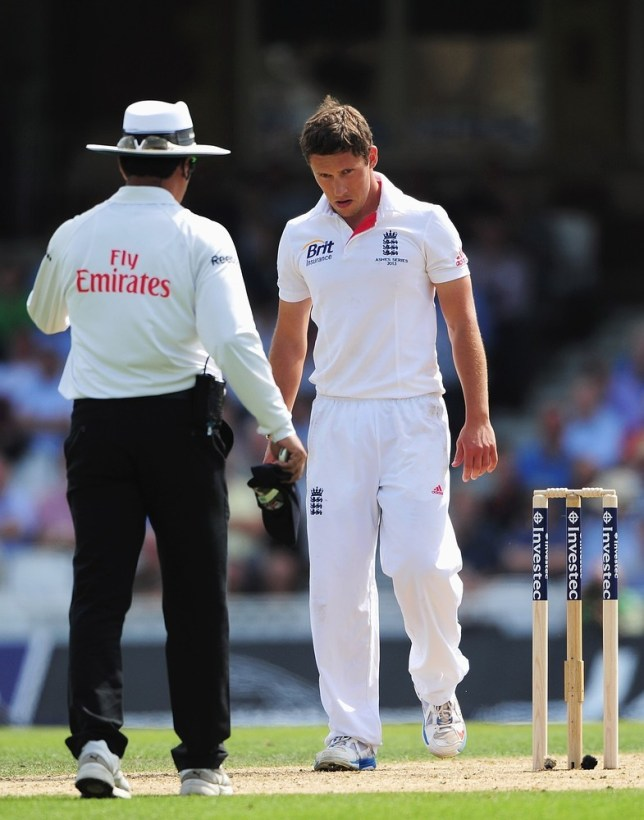LONDON, ENGLAND - AUGUST 21:  Simon Kerrigan of England looks dejected during day one of the 5th Investec Ashes Test match between England and Australia at the Kia Oval on August 21, 2013 in London, England. Getty Images