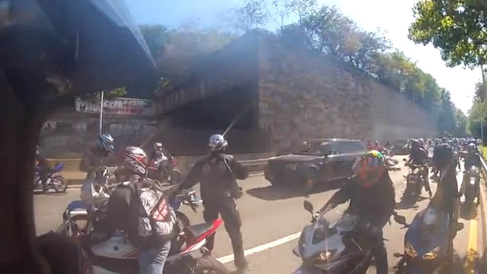 Pack of bikers chase down driver after New York fender-bender