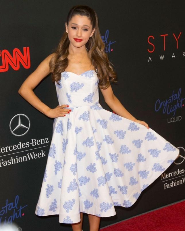 Ariana grande und nathan sykes dating twitterOnline-Dating-Seiten Forum