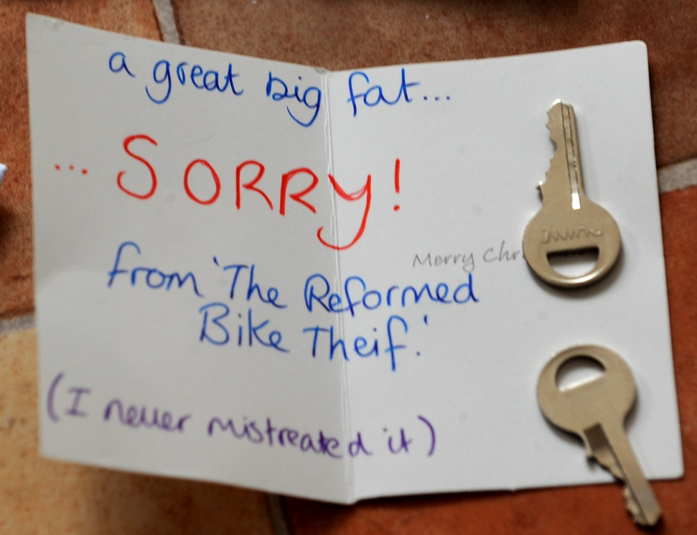 Thief sees pleading note and brings back bike